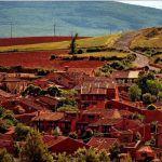 La ruta de los pueblos rojos de Segovia
